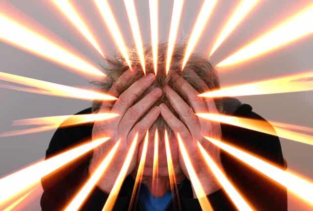اسباب تساقط الشعر - الضغط النفسي