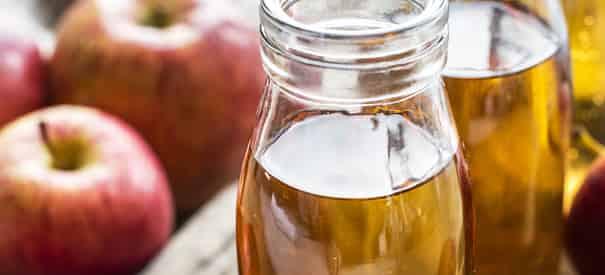 طريقةتنظيف الاسنان الصفراء بخل التفاح