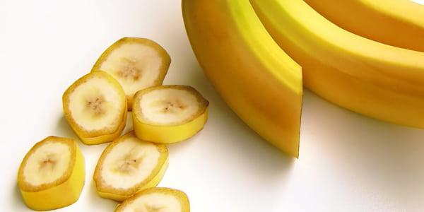 ماسك الموز وزيت الزيتون لإنسداد المسام