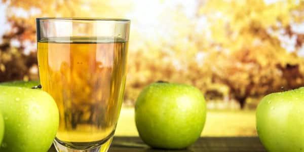 مشروب التفاح والبنجر لتصفية البشرة وتوريد الخدود