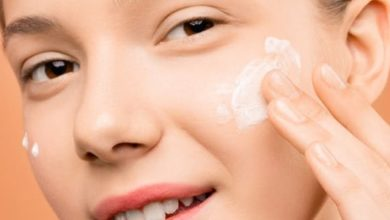 صورة طريقة تقشير الوجه بالكريمات مع أفضل 8 كريمات طبية