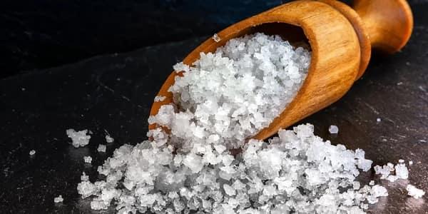 خلطة مقشر الملح للجسم