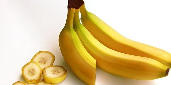 ماسك الموز لتنعيم الشعر المجعد