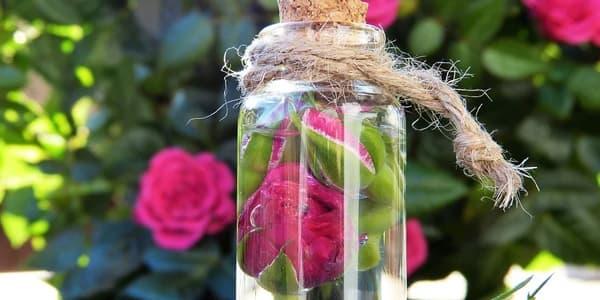 تونر ماء الورد