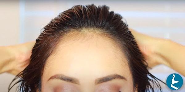 طريقة استخدام الزيت على الشعر