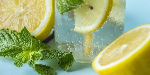 تونر حمض الليمون مع النعناع للبشرة المختلطة