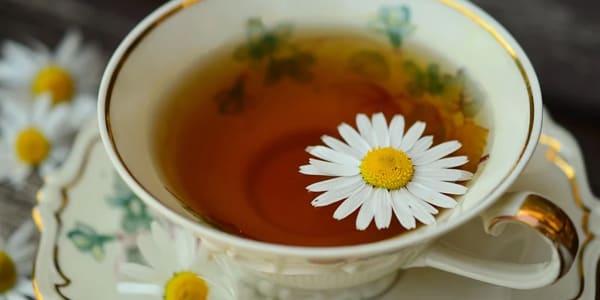 تونر شاي البابونج للبشرة المختلطة