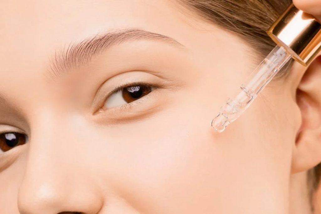 التحكم في إفراز الزهم في الجلد